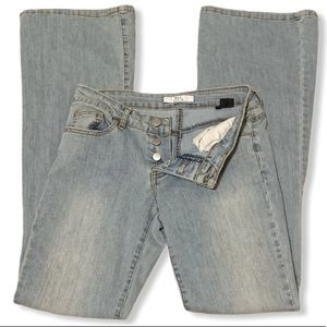 Rampage Low Rise Light Wash Jeans Size 2